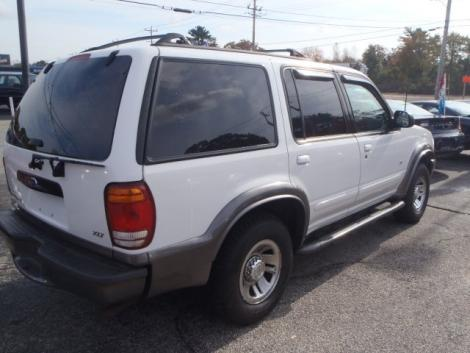 2000 ford explorer xlt for sale in coventry ri under 5000. Black Bedroom Furniture Sets. Home Design Ideas