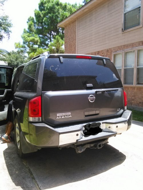 used nissan armada le 39 04 by owner houston tx under 7000. Black Bedroom Furniture Sets. Home Design Ideas