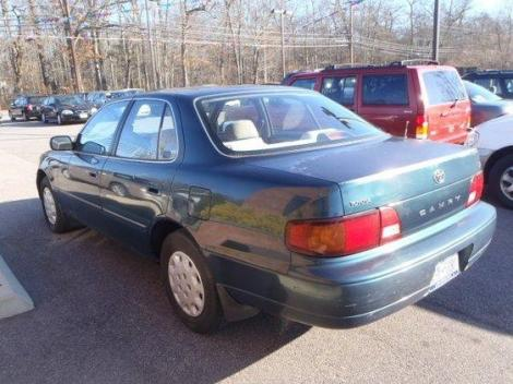 1996 toyota camry le for sale under 4000 in peacedale ri. Black Bedroom Furniture Sets. Home Design Ideas
