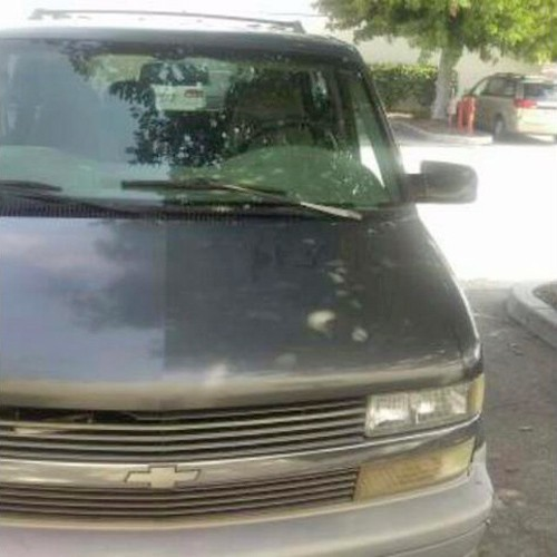 By Owner: Chevrolet Astro '00 $1000-$2000 In Bakersfield