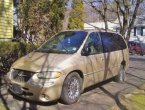 2000 Chrysler Town Country (Brown)