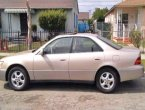 1999 Lexus ES 300 (Goldbrown)