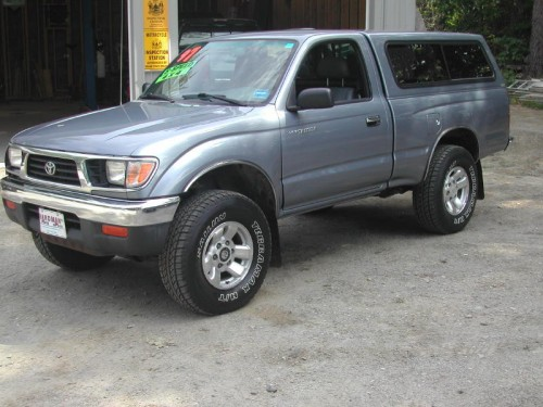 rust free 1997 toyota tacoma sr5 whitefield me 04353. Black Bedroom Furniture Sets. Home Design Ideas