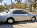 2001 Lincoln TownCar under $2000 in CA
