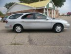 1998 Ford Taurus under $5000 in Wisconsin