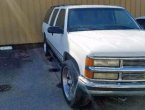 1999 Chevrolet Suburban under $2000 in CA