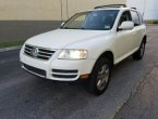 2004 Volkswagen Touareg under $5000 in Florida