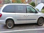 2005 Dodge Caravan under $2000 in Virginia
