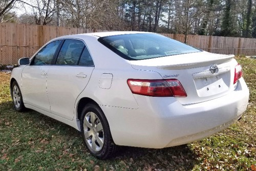 toyota camry le 39 07 under 6000 near atlanta ga by owner white. Black Bedroom Furniture Sets. Home Design Ideas