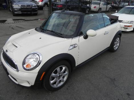 2009 mini cooper s convertible for sale in paterson nj under 17000. Black Bedroom Furniture Sets. Home Design Ideas