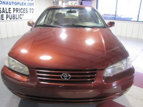 Photo #2: sedan: 1999 Toyota Camry (Dark Red)