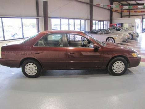 Photo #5: sedan: 1999 Toyota Camry (Dark Red)