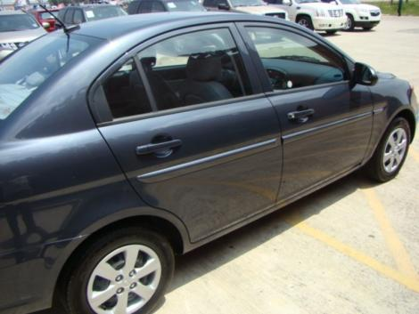 Photo #3: sedan: 2009 Hyundai Accent (Arctic Blue)