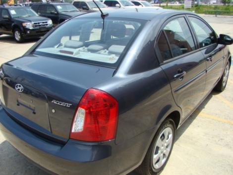 Photo #4: sedan: 2009 Hyundai Accent (Arctic Blue)
