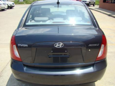 Photo #5: sedan: 2009 Hyundai Accent (Arctic Blue)