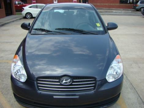Photo #8: sedan: 2009 Hyundai Accent (Arctic Blue)