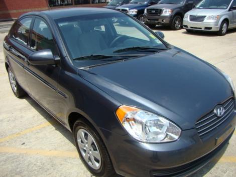 Photo #1: sedan: 2009 Hyundai Accent (Arctic Blue)