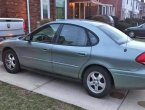 2005 Ford Taurus under $3000 in Michigan