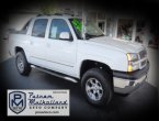 2005 Chevrolet Avalanche under $12000 in California