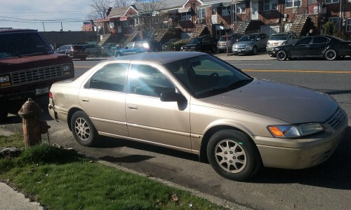 cheap 1998 toyota camry sedan under 2000 in ny. Black Bedroom Furniture Sets. Home Design Ideas