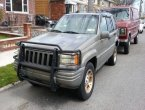 1997 Jeep Cherokee (gold)