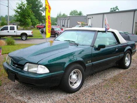 Photo #12: convertible: 1990 Ford Mustang (Emerald green / white)