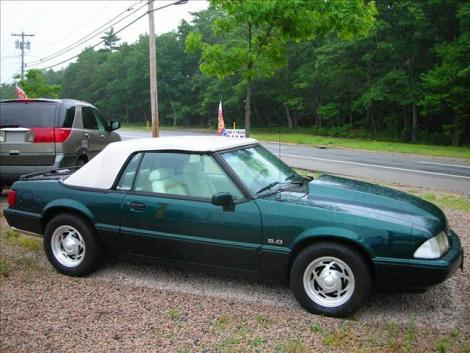 Photo #3: convertible: 1990 Ford Mustang (Emerald green / white)