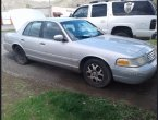 2001 Ford Crown Victoria under $2000 in TN