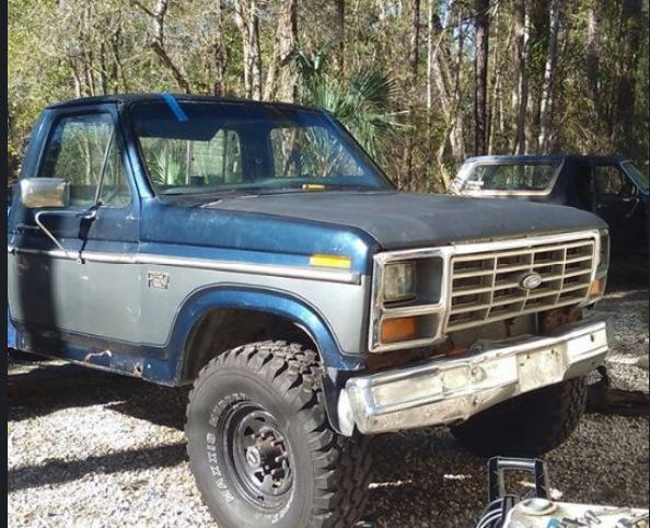1983 ford f 250 pickup truck for sale by owner in fl under 3000. Black Bedroom Furniture Sets. Home Design Ideas