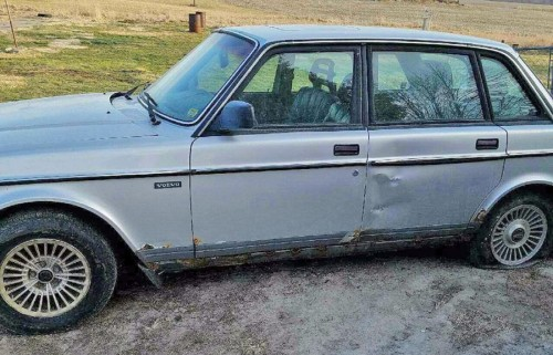 Volvo 240 89 Cheap Car 500 Near Des Moines Ia By Owner