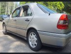 1997 Mercedes Benz 230 under $2000 in HI