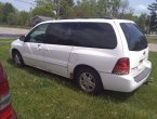 2005 Ford Freestar under $3000 in Wisconsin