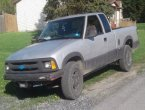 1996 Chevrolet S-10 under $2000 in West Virginia