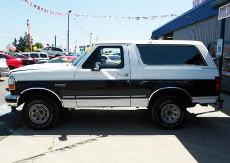used 1993 ford bronco xl suv for sale in wa. Black Bedroom Furniture Sets. Home Design Ideas
