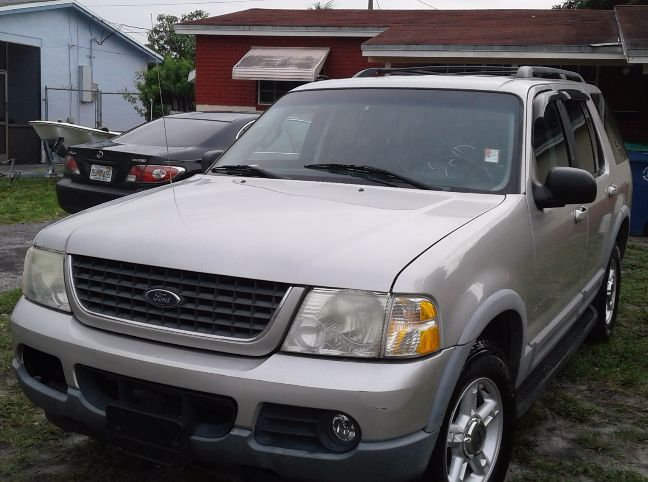 2002 ford explorer truck for sale by owner in fl under 3000. Black Bedroom Furniture Sets. Home Design Ideas
