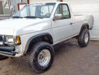 1993 Nissan Pickup under $2000 in Oregon