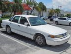 1996 Ford Crown Victoria under $1000 in Florida