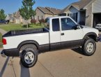 2002 Chevrolet S-10 under $5000 in Iowa