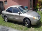 2005 Ford Taurus under $1000 in Florida