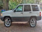 1997 Jeep Grand Cherokee under $2000 in Virginia