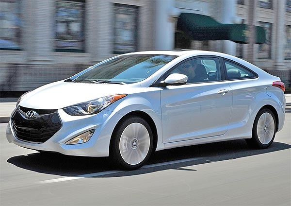 Hyundai Elantra 2013 picture side view silver